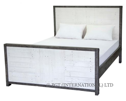 Calais recycled timber bed